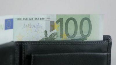 Novčanik sa 100 evra